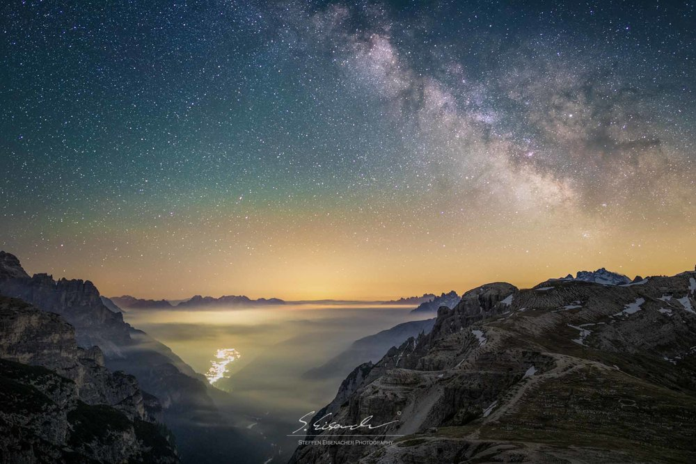 Milkyway over the Dolomites. 15 sec f/1.4 ISO5000