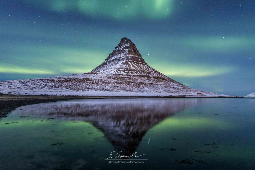 Aurora above Kirkjufell, 15 seconds f/2.8 ISO3200