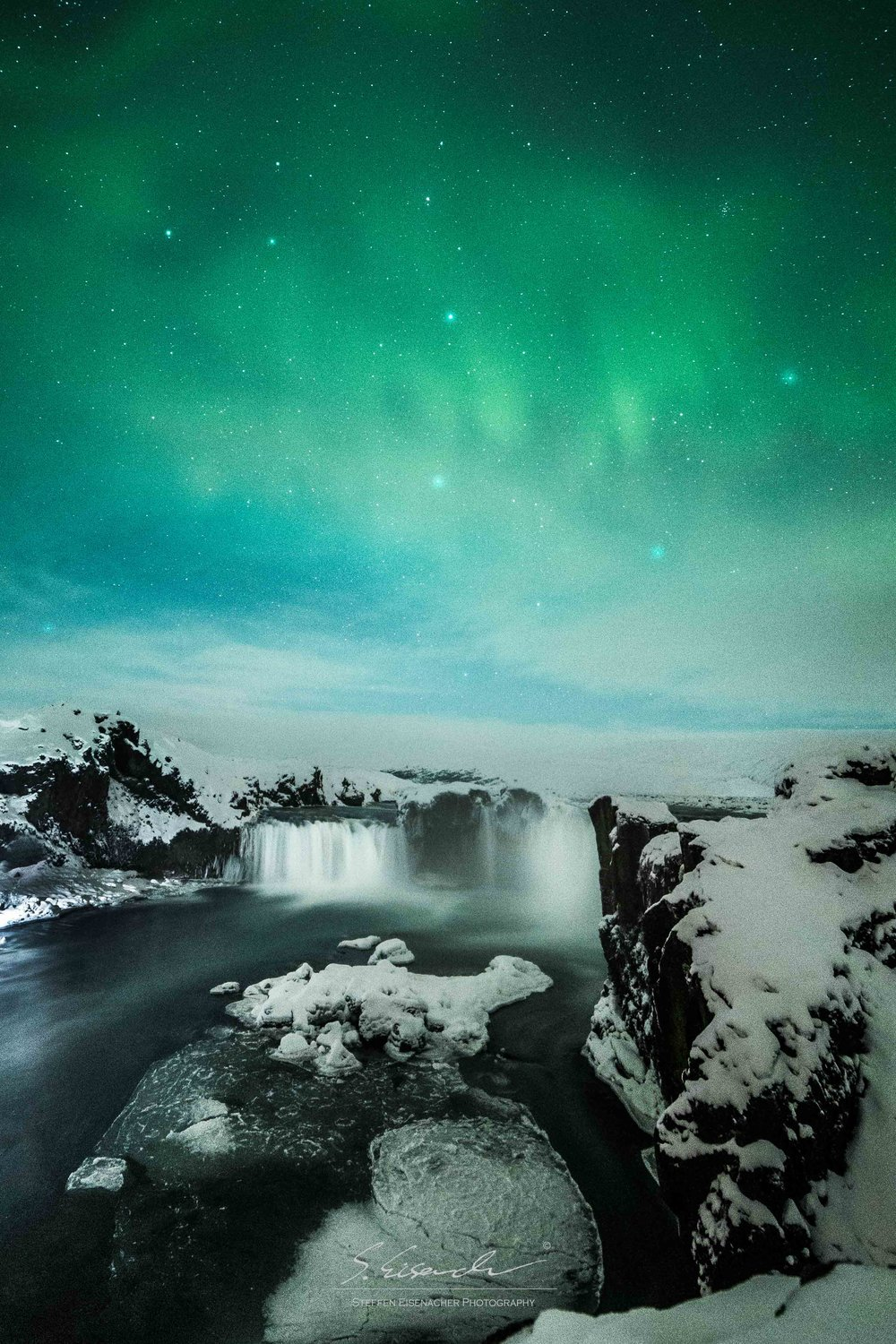 Lights above Godafoss, Iceland. 15 seconds f/4 ISO 3200