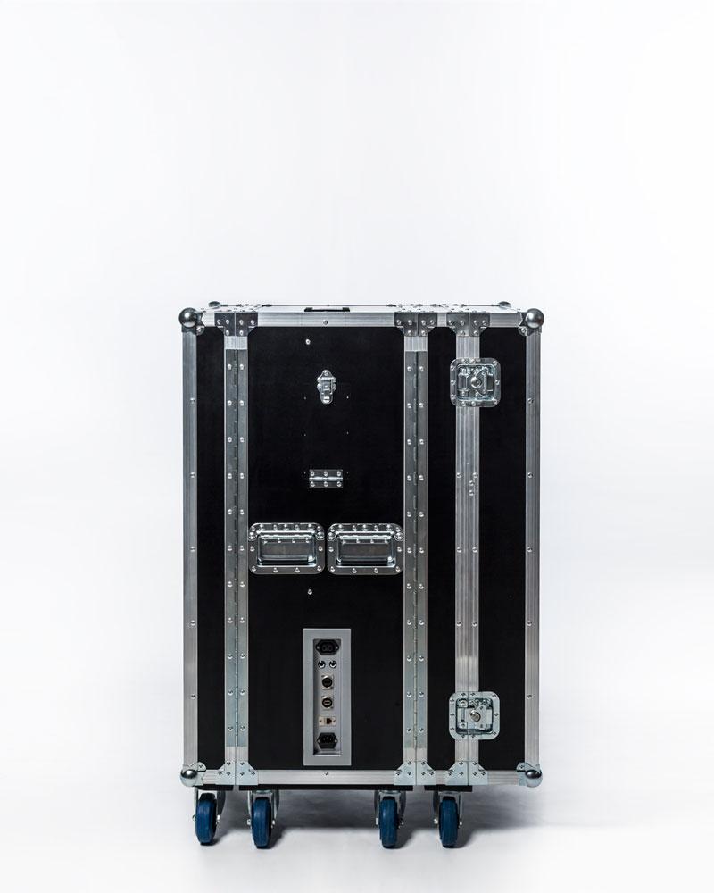 Q2000-mobile-laser-tag-system-3.png