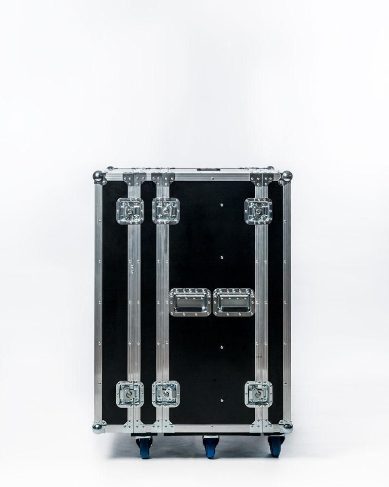 Q2000-mobile-laser-tag-system-1.png