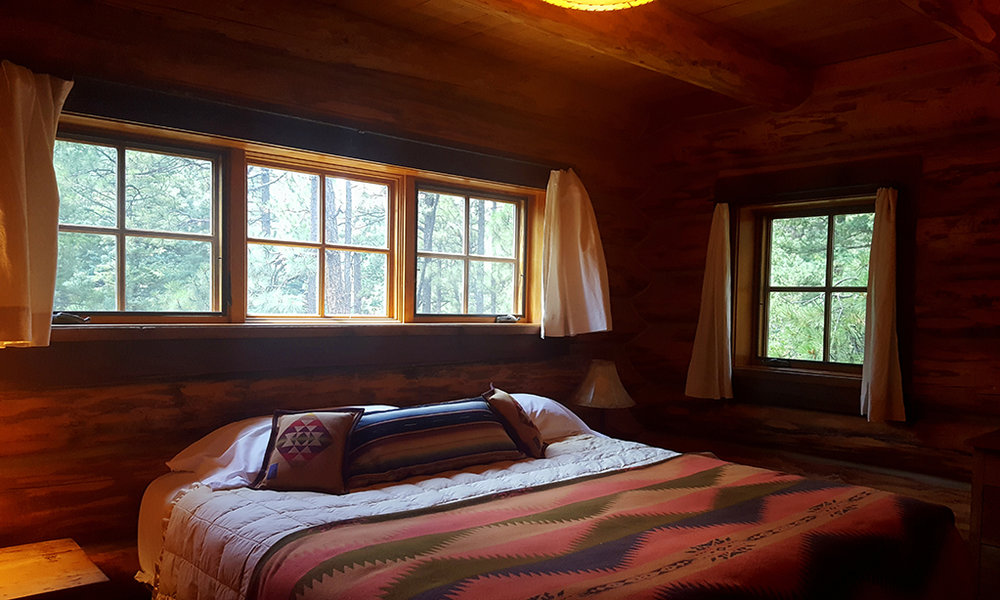 loghouse-interior7.jpg