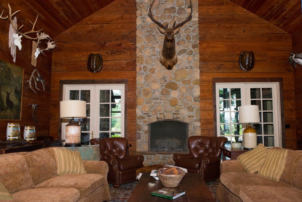 Shadow-Oak-Plantation-Lodge-fireplace.jpg