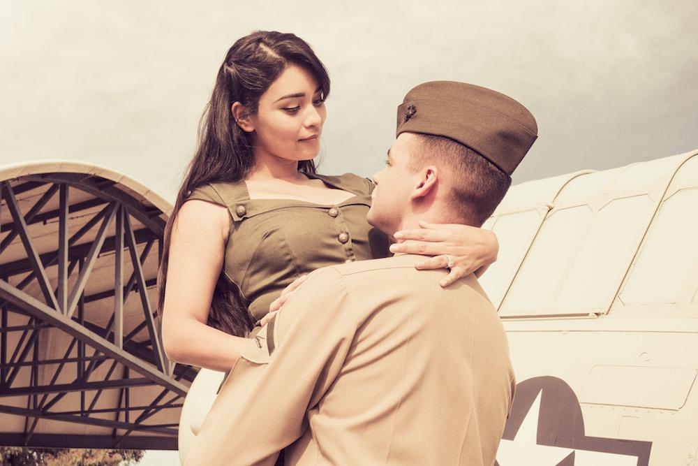 Abigail & Matthew. Engagement Photos. © 2017 Ron Mariano