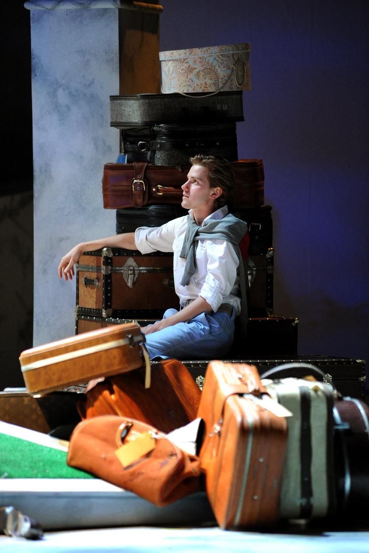Big+Love+Drew+Luggage+078.JPG