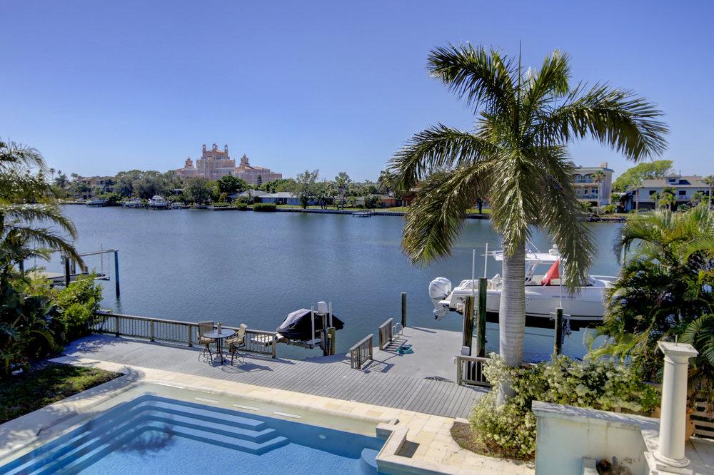 016_Pool View.jpg
