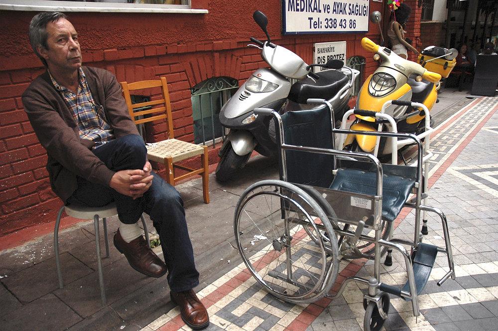wheelchair_istanbul.jpg