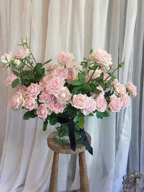 Roses In Vase Blooms On Darby