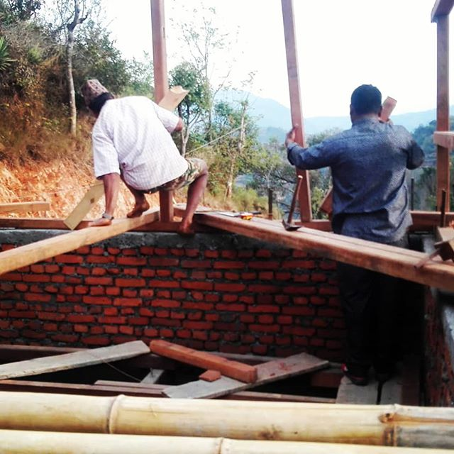Progress with the second floor of the community center construction.  We planned to inaugurate but with some delays with the carpentry, we will let the workers take a but more time to finish.  This is the reality of work in Nepal. Sometimes the materials aren't available, sometimes the workers.