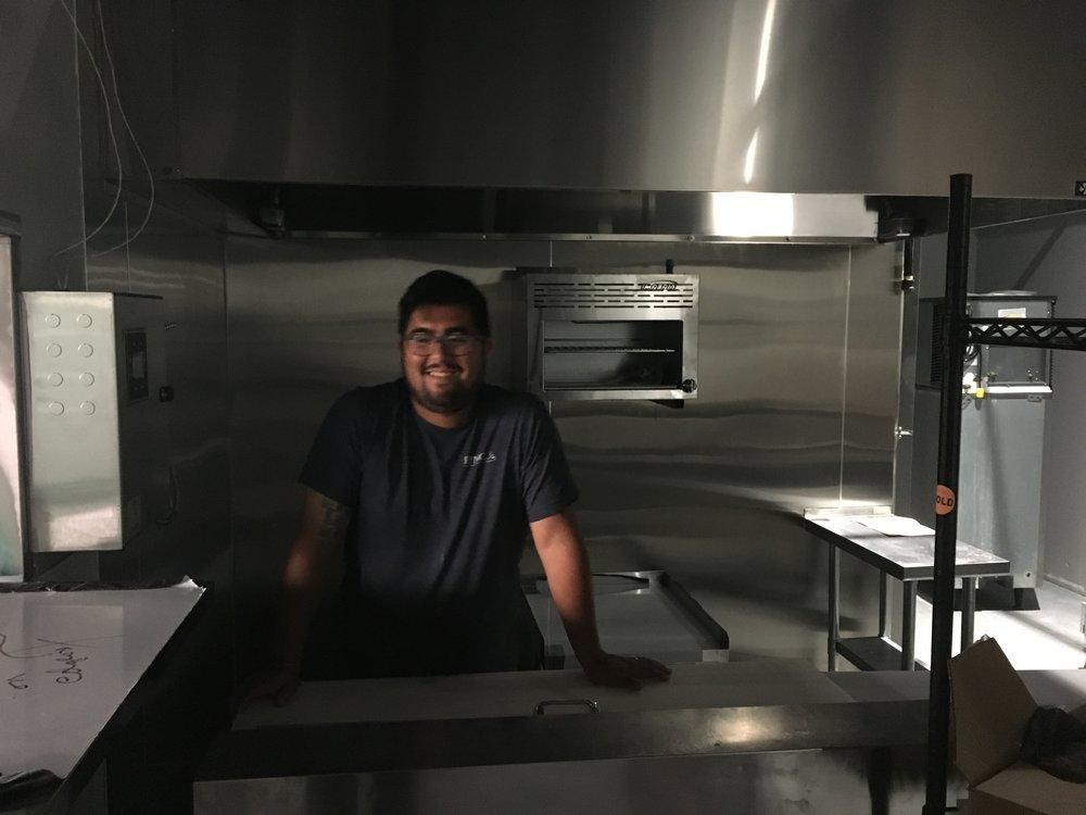 Ricardo-kitchen 2.JPG