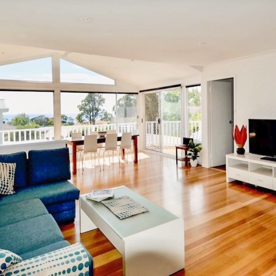 Aurora Mollymook - Sleeps 8