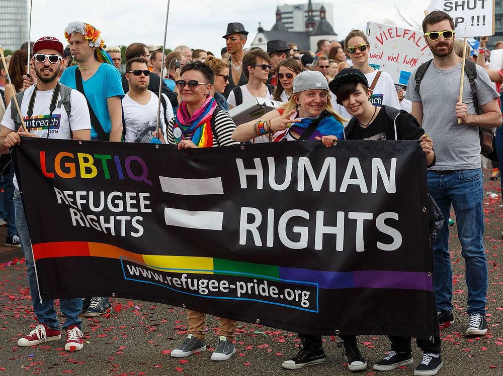 حقوق المجتمعات اللاجئة المغايرة جنسيا -