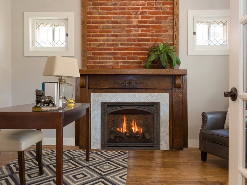 Springfield 36 Direct Vent Gas Fireplace - Direct Vent Fireplace with Log Media