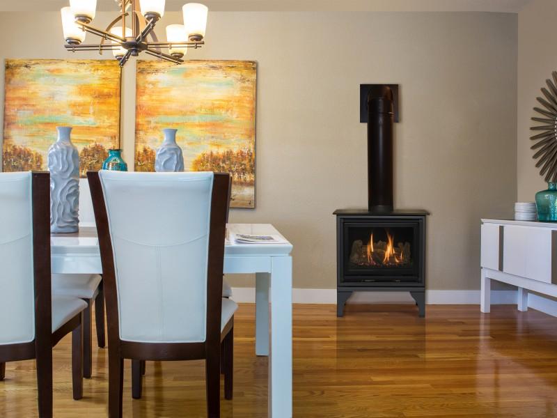 Oakport-Rec-Dining-Room-800x600[1].jpg