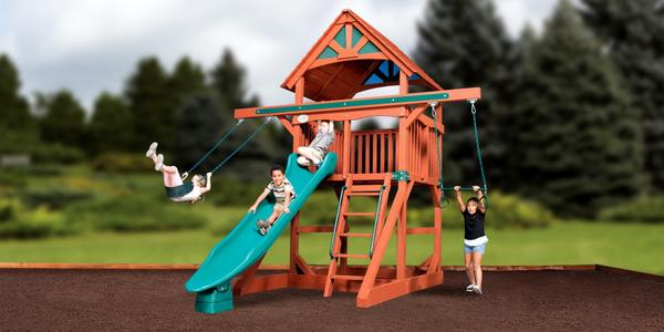 treehouse-series-adventure-treehouse-jumbo-space-saver-wood-roof-1_grande.jpg