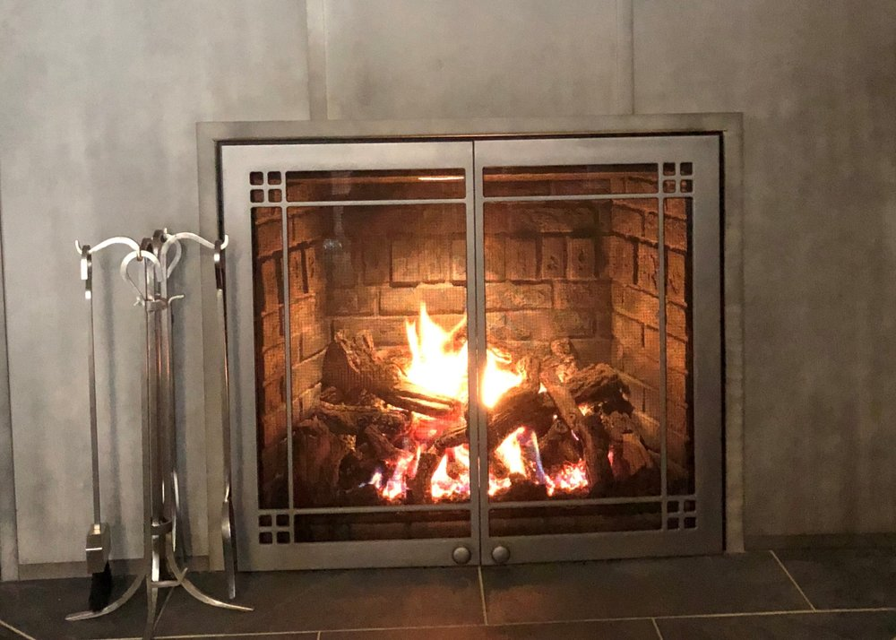FullView 46 Gas Fireplace w/ Titanium Doors - Large Viewing Area, Brick Kit, Doors, Full Function Remote, Split Burner, Spotlight & 45,500 BTUs of Heat. Includes Installation (gas & electric extra).Save $1,200