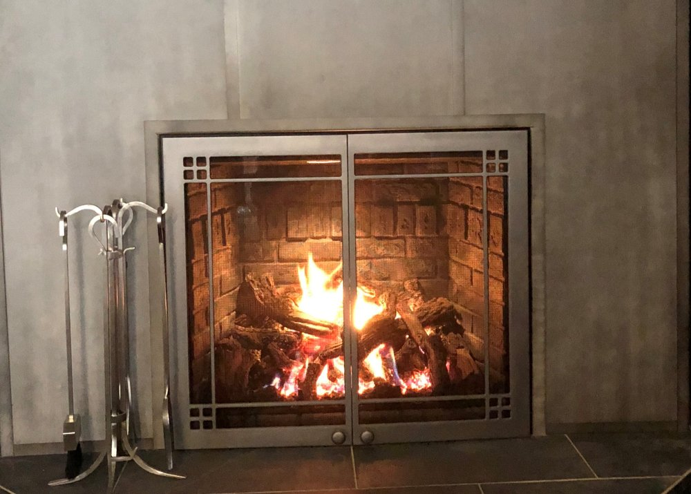 Mendota Fullview 46 Gas Fireplace & Doors - Magnificent viewing area, realistic fire, and plenty of heat.  Save $1200