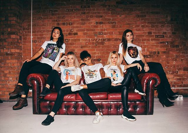 Keep an eye out for new clothing line #fearlesstypes available to buy in the coming week. 5 T-shirt designs by 5 different women including my good friend @emilialeavictoria (My Hourglass EP artist/ photographer/saviour). Profits will go back into funding @badass.gal_ , a platform for women in the creative industries. . . . . . . . #fashion #photography #badassgal #designers #femaledesigner #tshirt #tshirtdesign #design #fashionphotography