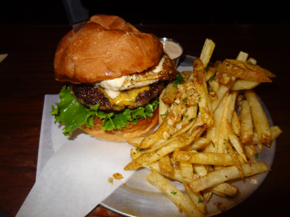 The Balboa Burger (fr though, this really is the best burger ever)