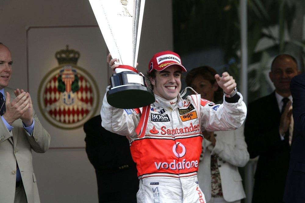 007-Alonso-Monaco-2007_v6Ue56h.jpg