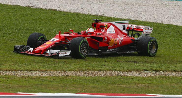 Sebastian-Vettel-Ferrari-GP-Malaysia-Sepang-29-Oktober-2017-articleDetail-c9e6cb9f-1121945.jpg