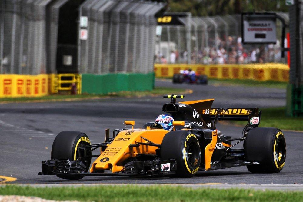 jolyon-palmer-renault-2017-f1-australian-grand-prix-action.jpg