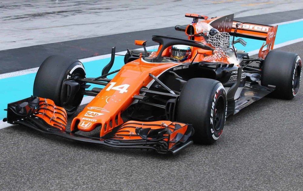Fernando-Alonso-McLaren-MCL32-Abu-Dhabi-F1-2017-test-halo-aero.jpg