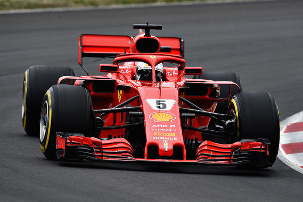 Sebastian+Vettel+F1+Winter+Testing+Barcelona+kYomytYBWqKl.jpg
