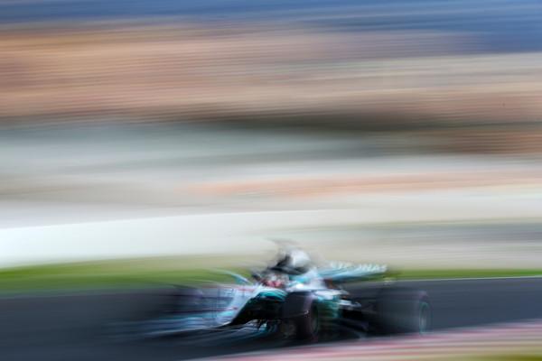 Lewis+Hamilton+F1+Winter+Testing+Barcelona+EbqeJud1YW8l.jpg
