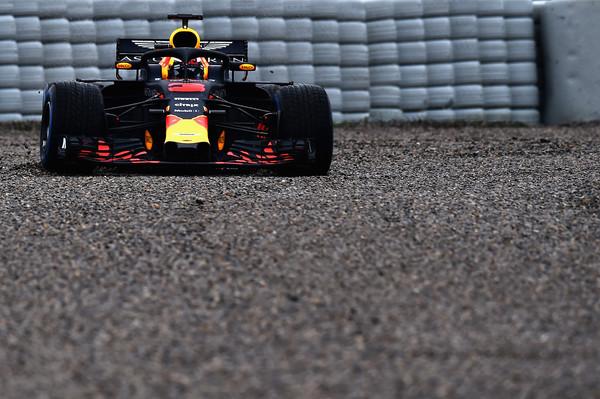 Daniel+Ricciardo+F1+Winter+Testing+Barcelona+0TgDpwRNRVll.jpg