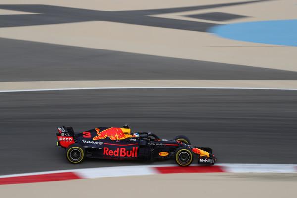 Daniel+Ricciardo+F1+Grand+Prix+Bahrain+Practice+98W6i7d645Ql.jpg