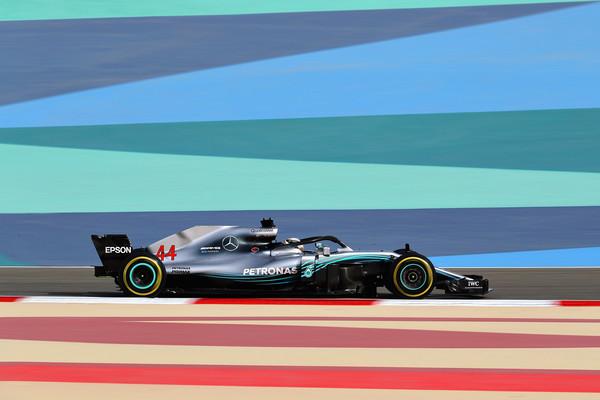 Lewis+Hamilton+F1+Grand+Prix+Bahrain+Practice+aXPZ9HcNaiel.jpg