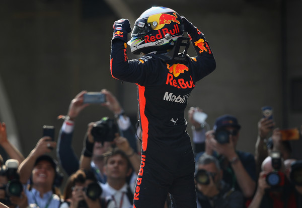 Daniel+Ricciardo+F1+Grand+Prix+China+7Xj00TmgAb-l.jpg