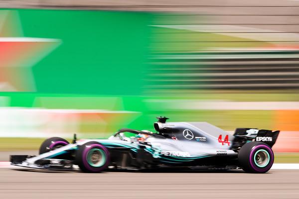 Lewis+Hamilton+F1+Grand+Prix+China+_rF0CWZde-zl.jpg