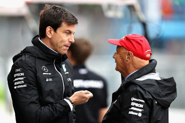 Niki+Lauda+F1+Grand+Prix+Italy+Qualifying+MpUH6Xzzm7dl.jpg