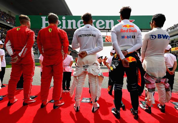 Lewis+Hamilton+F1+Grand+Prix+China+pqUKWZixTidl.jpg