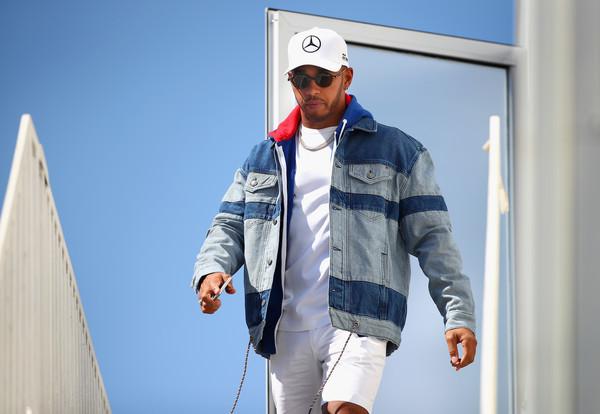 Lewis+Hamilton+Azerbaijan+F1+Grand+Prix+Previews+XZ_Ms4lMuOTl.jpg