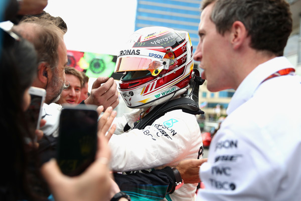 Lewis+Hamilton+Azerbaijan+F1+Grand+Prix+v3vr_0o-9W5l.jpg