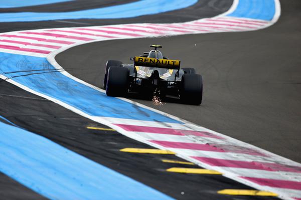 Carlos+Sainz+F1+Grand+Prix+France+Qualifying+VFi1AieMmrrl.jpg