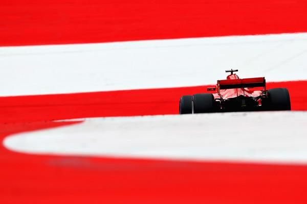 Sebastian+Vettel+F1+Grand+Prix+Austria+Qualifying+dNSaAD9_8A-l.jpg