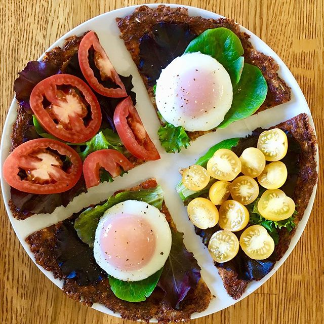 Easy lunch.  Low carb, no flour @califlourfoods pizza crust topped with salad contents of greens 🌿 eggs 🍳 sunny side up, and tomatoes 🍅 . . . . . . #cauliflowerpizza#califlourfoods#lowglycemic#nosugar#califlourfoods#stopsugarcravings#lowglycemicdiet#ketoisneato#ketolifestyle#nongmo#nogmo#saynotogmo#monsantokills#carbssohard#cutthecarbs#cutoutthecrap#lowsugar#nosugarchallenge#nosugaradded#nosugardiet#nosugarneeded#nosugars#nosugarplease#buzzfeedtasty#paleodiet#ketogenic