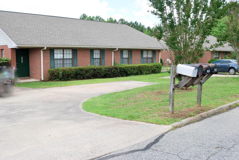 1151 A & B Temple Circle, Alexander City, AL ~ Great rental