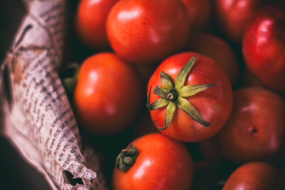 agriculture-bunch-cherry-tomatoes-428301.jpg