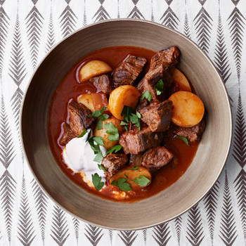 Winter Recipes - Cold weather calls for cozy, comforting meals. We're talking fall-apart tender meats braised in your Crock-Pot, warming soups and stews, hearty pastas, and more.click here to see