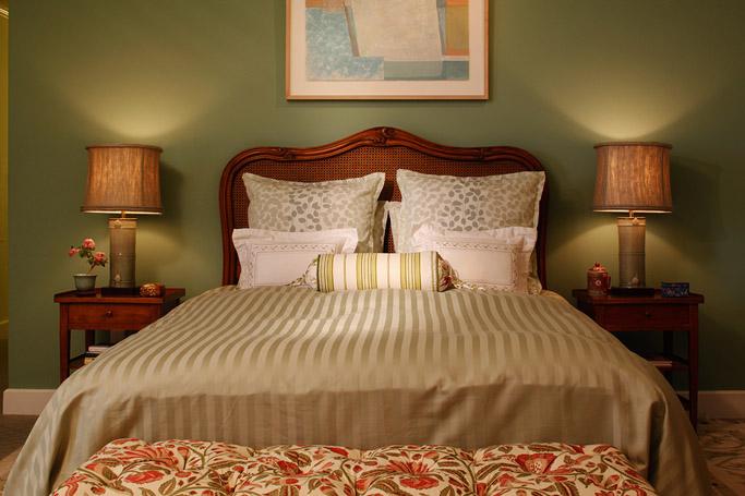 Delia Bedroom.jpg