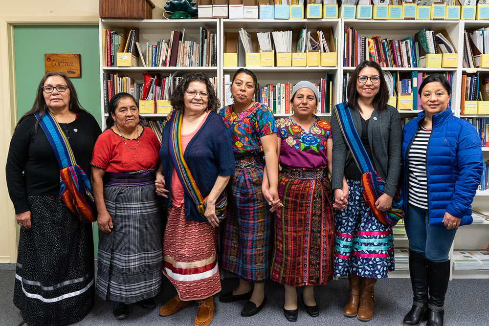 Diane Thomas (left), chair of the Dibaajimowin Cultural Centre, and her colleagues bade farewell to Irma, Mirna, Margarita and María del Rosario as the knowledge exchange drew to a close.