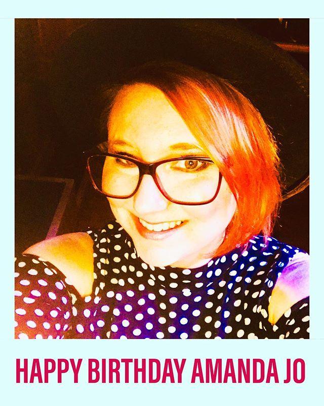 Wishing Truckstop Honey's own @amandajocountry a Happy Birthday!!
