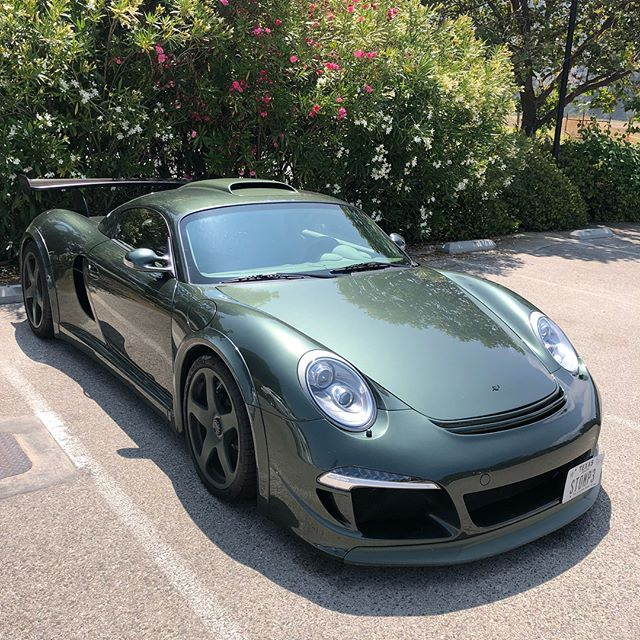 This car is something serious. @rufsince1939 @porscheoutlawrs