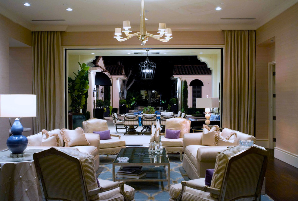 traditional-living-room-los-angeles.jpg