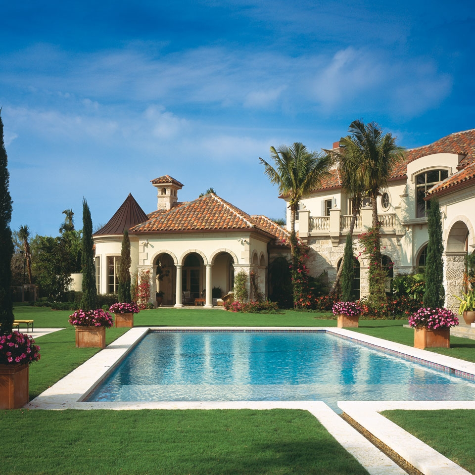 luxury_pool_mediterranean_house_backyard_architecture.jpg